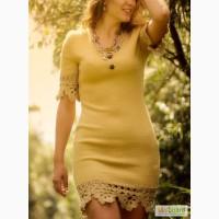 Вязаное бежевое платье, с ажурной отделкой крючком, в наличии и под заказ